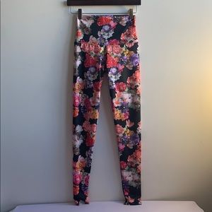 Floral Onzie High Waisted Leggings XS